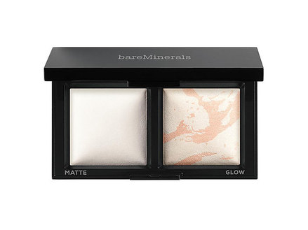 bareMinerals Invisible Light Translucent Powder Duo middle image 0