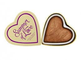 Makeup Revolution Blushing Hearts bronzer, Hot Summer of Love